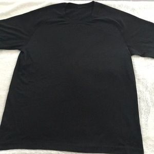 Lululemon active stretch tee